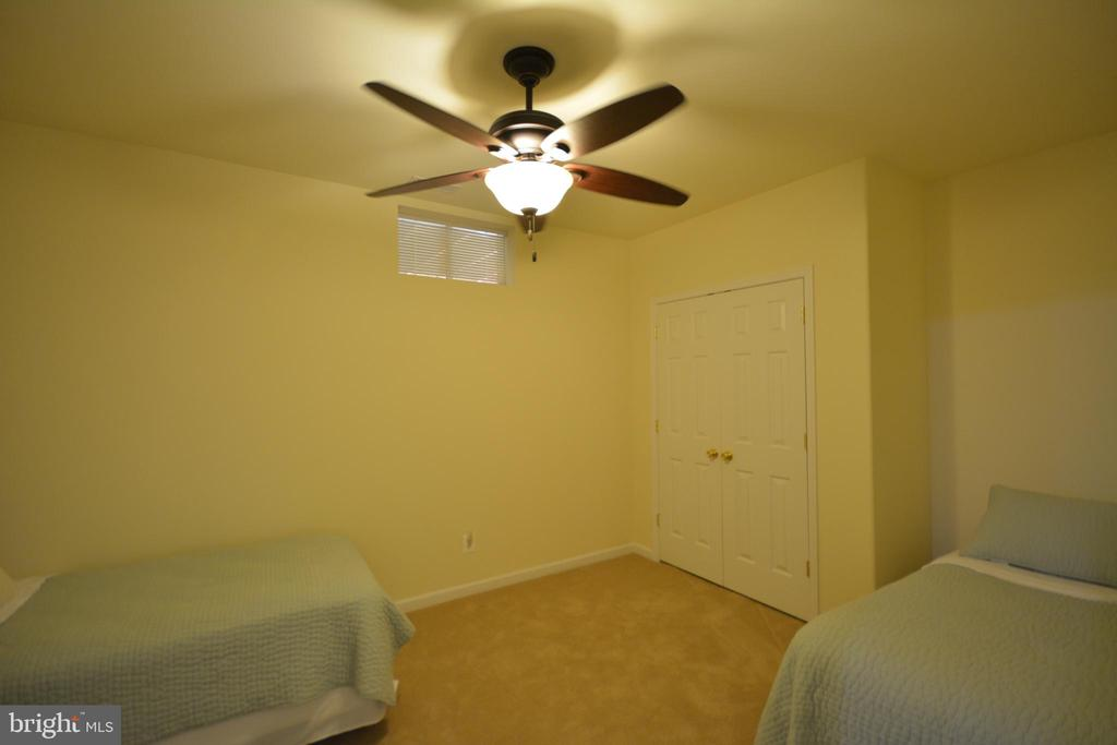 Second basement bedroom without egress window. - 38 PRESIDENTIAL LN, STAFFORD
