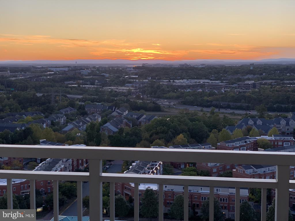 Sunsets are very special here! - 11990 MARKET ST #1914, RESTON