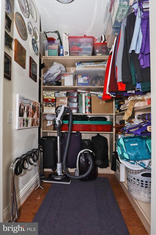 Walk-in closet/storage space in bedroom 2 - 11990 MARKET ST #1914, RESTON