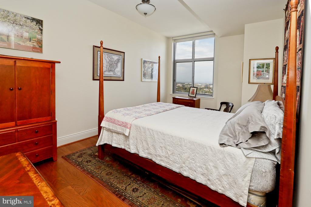Bedroom 2 - 11990 MARKET ST #1914, RESTON
