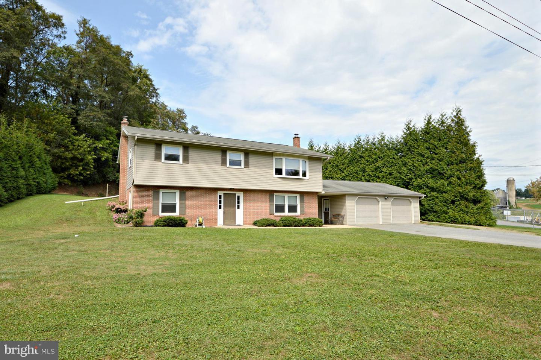 Single Family Homes per Vendita alle ore Willow Street, Pensilvania 17584 Stati Uniti
