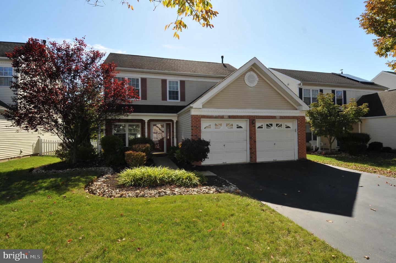 Single Family Homes 為 出售 在 East Windsor, 新澤西州 08520 美國
