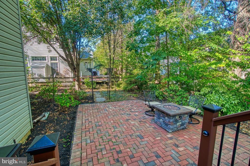 OR BRICK PATIO - 47012 KENTWELL PL, STERLING