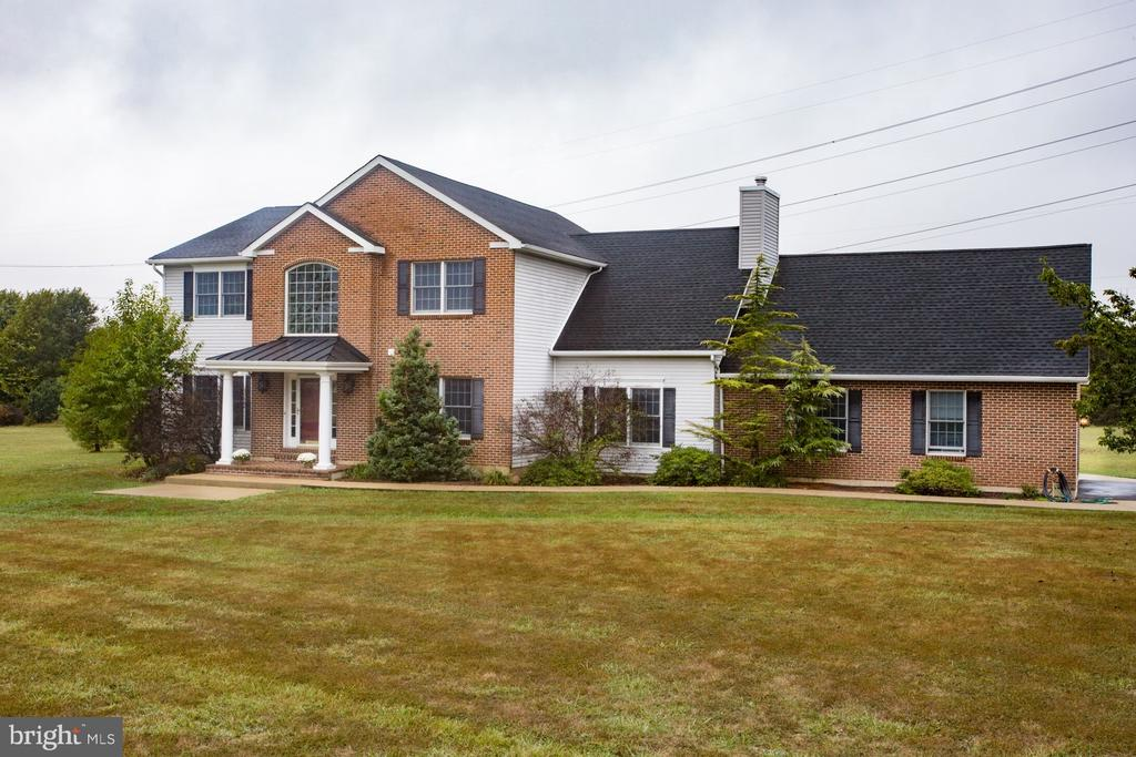 201 Manor Drive - 201 MANOR DR, MIDDLETOWN