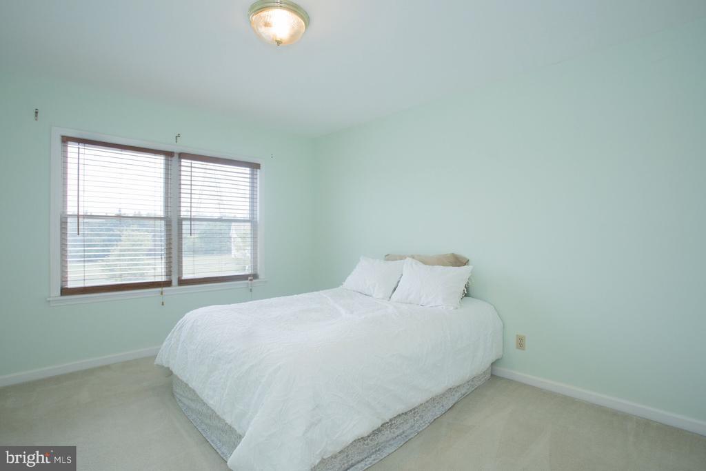 Bedroom 2 - 201 MANOR DR, MIDDLETOWN