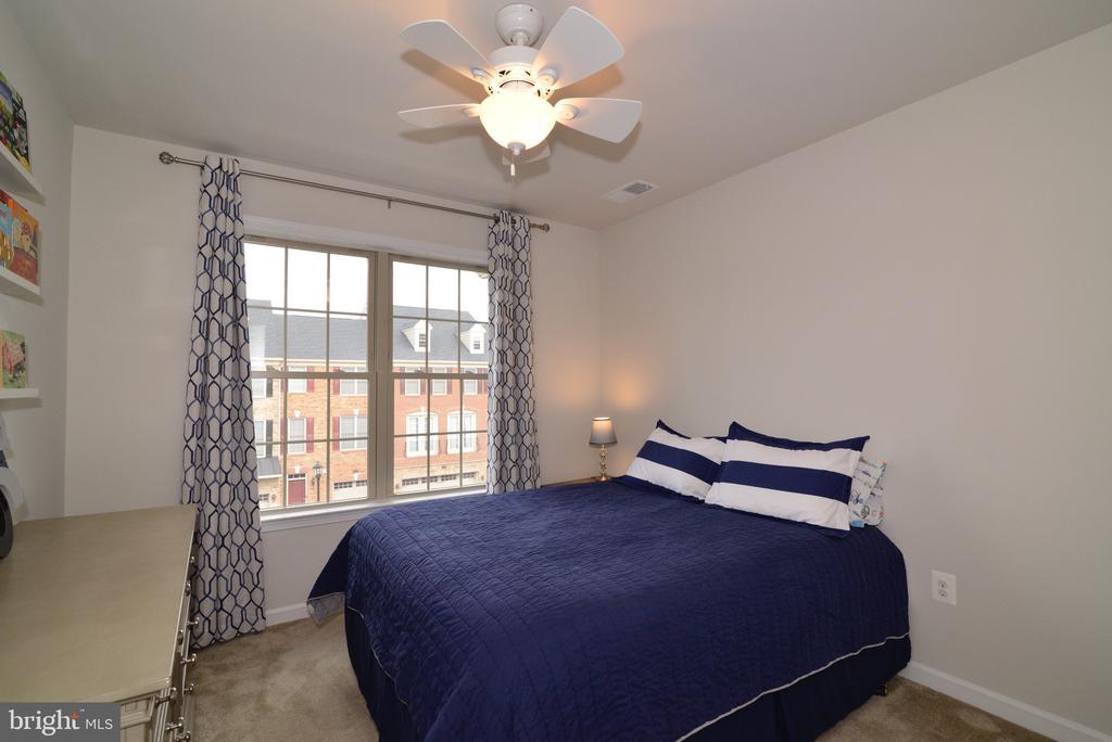 Bedroom 3 - 25017 CAMBRIDGE HILL TER, CHANTILLY
