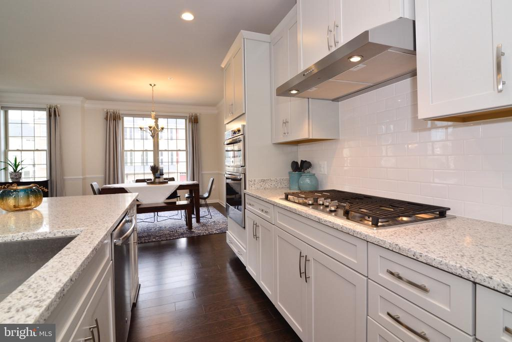 Large Stainless Sink! - 25017 CAMBRIDGE HILL TER, CHANTILLY