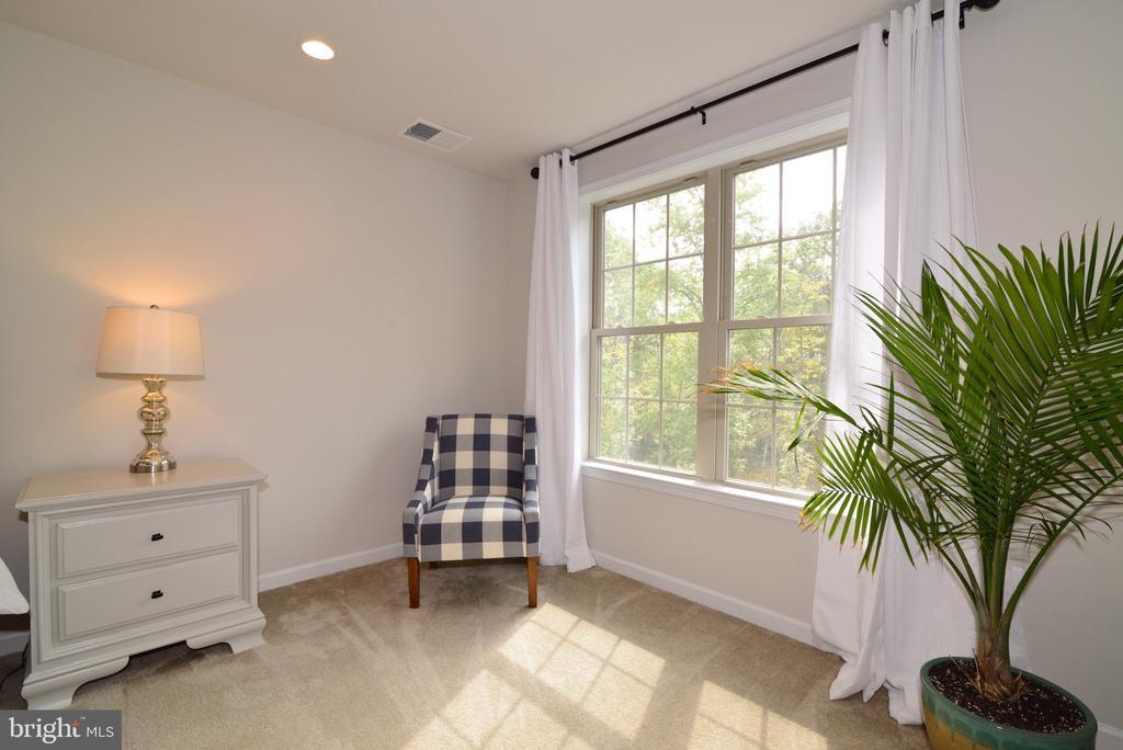 Master Bedroom Sitting Room - 25017 CAMBRIDGE HILL TER, CHANTILLY