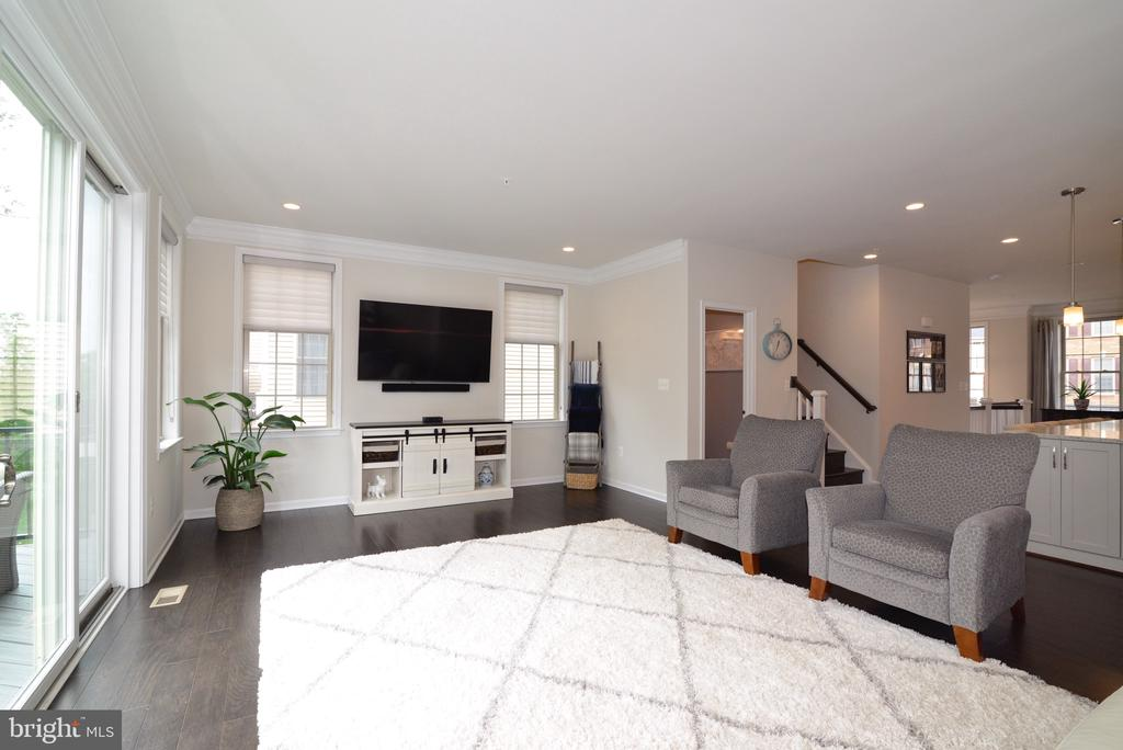 Imagine your Life Here! - 25017 CAMBRIDGE HILL TER, CHANTILLY