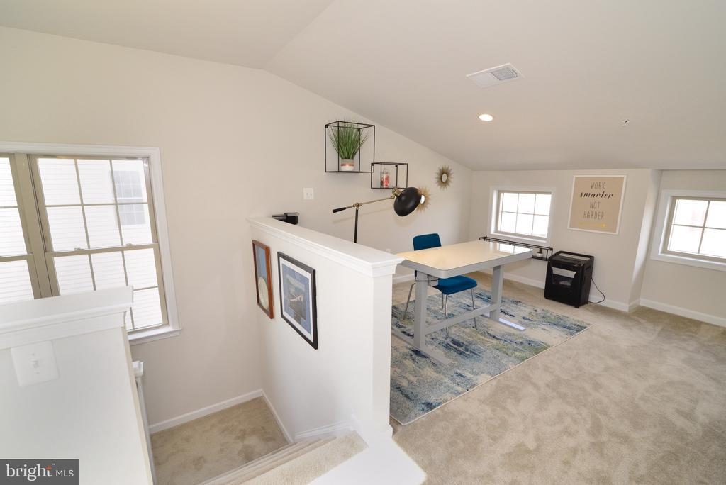 4th Level - 25017 CAMBRIDGE HILL TER, CHANTILLY