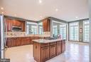 Very spacious Gourmet Kitchen - 18555 DETTINGTON CT, LEESBURG