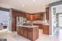 Kitchen - 18555 DETTINGTON CT, LEESBURG
