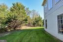 Side Yard - 18555 DETTINGTON CT, LEESBURG