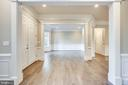 Inviting living room with custom molding - 4112 DOVEVILLE LN, FAIRFAX