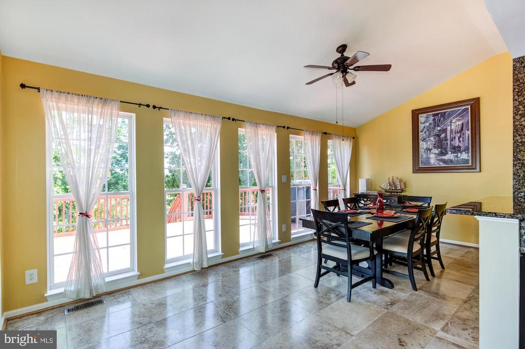 Sunroom with tons of natural light - 9515 BALLAGAN CT, BRISTOW