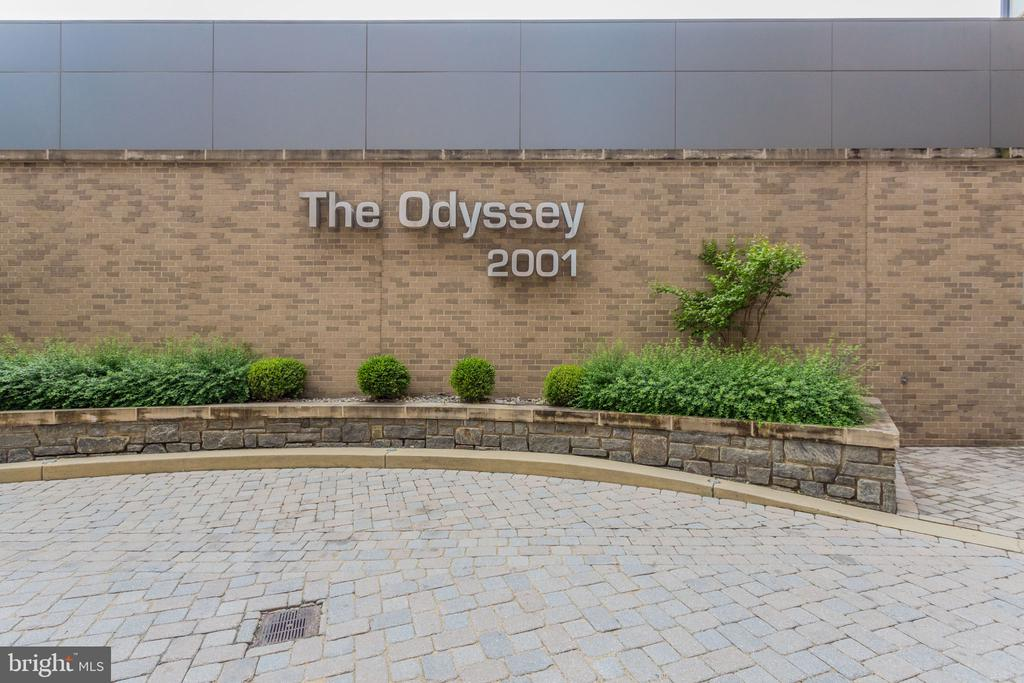 Welcome to The Odyssey - 2001 15TH ST N #1506, ARLINGTON