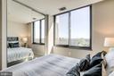 Each bedroom enjoys the views - 2001 15TH ST N #1506, ARLINGTON