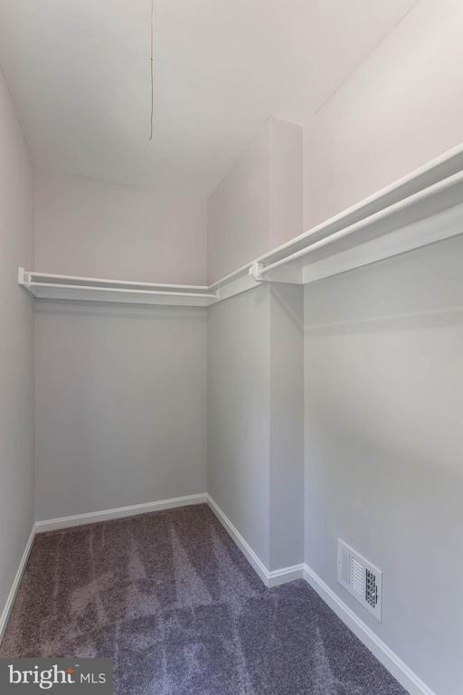 Master Walk-In Closet - 4541 CANARY CT, WOODBRIDGE