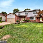 Single Family Homes pour l à louer à Cherry Hill, New Jersey 08003 États-Unis