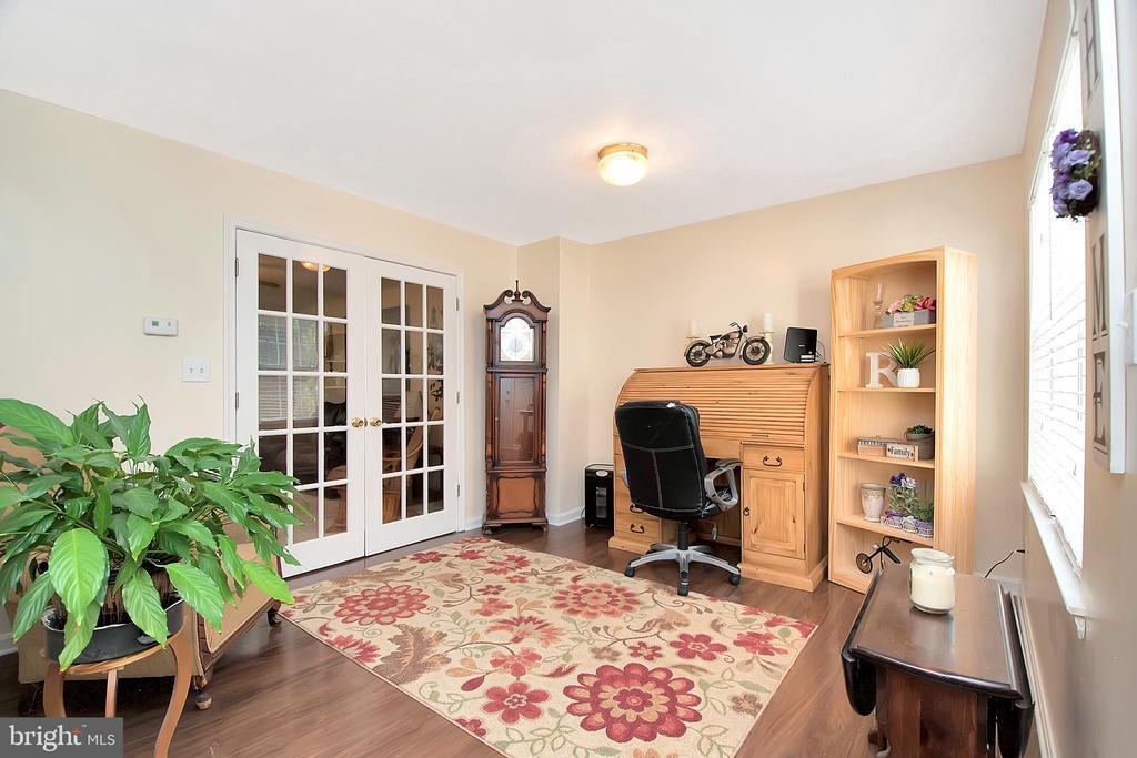 Sitting Room/ Office - 16 BRENTWOOD LN, FREDERICKSBURG
