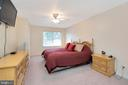 Spacious Master Bedroom - 16 BRENTWOOD LN, FREDERICKSBURG