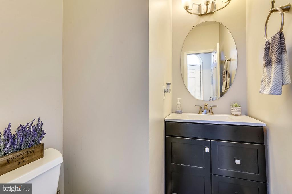 Main Level Half Bathroom - 317 BAISH DR SE, LEESBURG