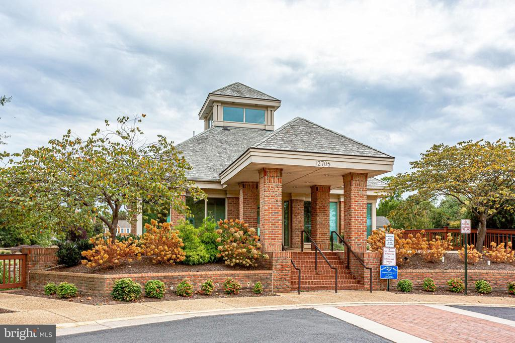 Community center and pool house - 3702 MILLPOND CT, FAIRFAX
