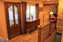 Foyer with newly tiled floors - 7255 RIDGEWAY DR, MANASSAS
