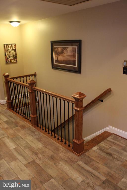 New rod iron railing - 7255 RIDGEWAY DR, MANASSAS