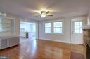 Living room - 6612 BALTIMORE AVE, UNIVERSITY PARK