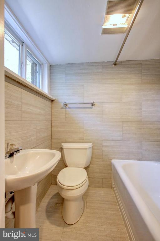 Basement level bathroom - 6612 BALTIMORE AVE, UNIVERSITY PARK