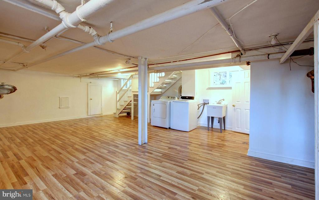 Basement recreation room - 6612 BALTIMORE AVE, UNIVERSITY PARK
