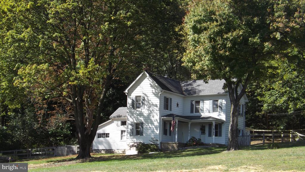 2 Story Colonial with Outbuilding for Work/Storage - 6500 MOUNTAIN CHURCH RD, JEFFERSON