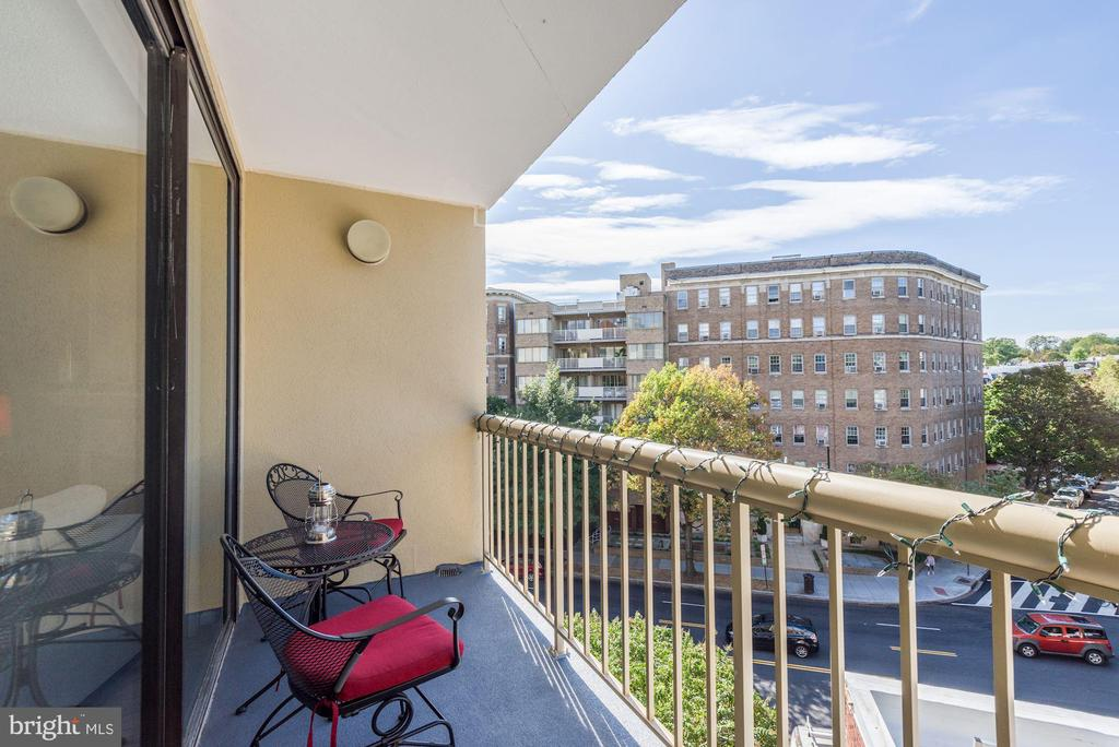 Private balcony - 2725 CONNECTICUT AVE NW #607, WASHINGTON