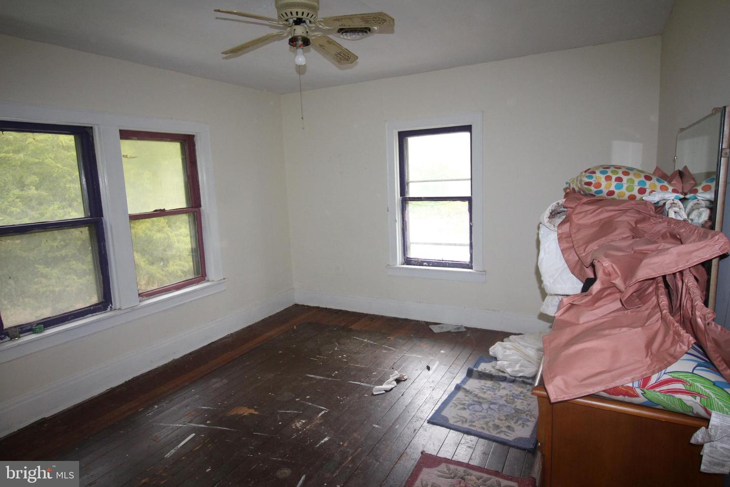 Additional photo for property listing at  Dickerson, Maryland 20842 Hoa Kỳ