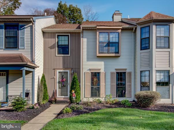 Single Family Homes pour l Vente à Robbinsville, New Jersey 08691 États-Unis