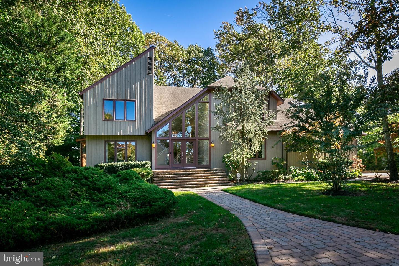 Voorhees                                                                      , NJ - $580,000