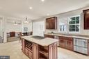 Kitchen Aid stainless steel appliances. - 38 PRESIDENTIAL LN, STAFFORD