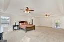 Master bedroom (reverse angle). - 38 PRESIDENTIAL LN, STAFFORD