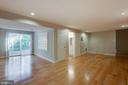 Walk out lower level - 8 FULLVIEW CT, GAITHERSBURG