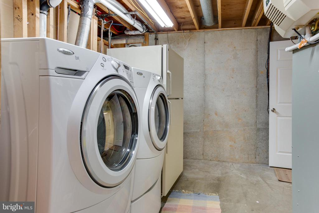 Laundry and Mechanical room - 8 FULLVIEW CT, GAITHERSBURG