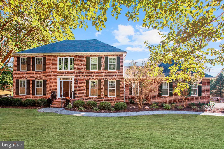 Single Family Homes per Vendita alle ore Darnestown, Maryland 20878 Stati Uniti