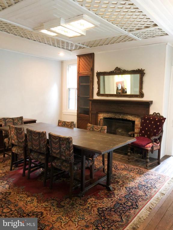 Original 1 room house, circa 1810 w/fireplace - 210 N KING ST, LEESBURG