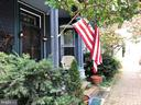 Watch the parade from your porch! - 210 N KING ST, LEESBURG