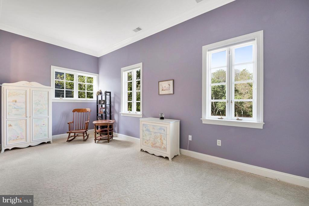 Third bedroom on the upper level has great light - 3057 RUNDELAC RD, ANNAPOLIS