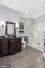 Full bathroom adjoining the main level the bedroom - 3057 RUNDELAC RD, ANNAPOLIS