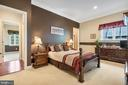 Second upper level bedroom is comfortable & roomy - 3057 RUNDELAC RD, ANNAPOLIS