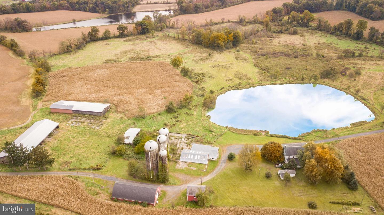 Additional photo for property listing at  Mount Bethel, 賓夕法尼亞州 18343 美國