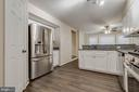 Spacious Kitchen with pantry - 21825 FORMOSA SQ, STERLING