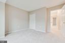 - 21825 FORMOSA SQ, STERLING